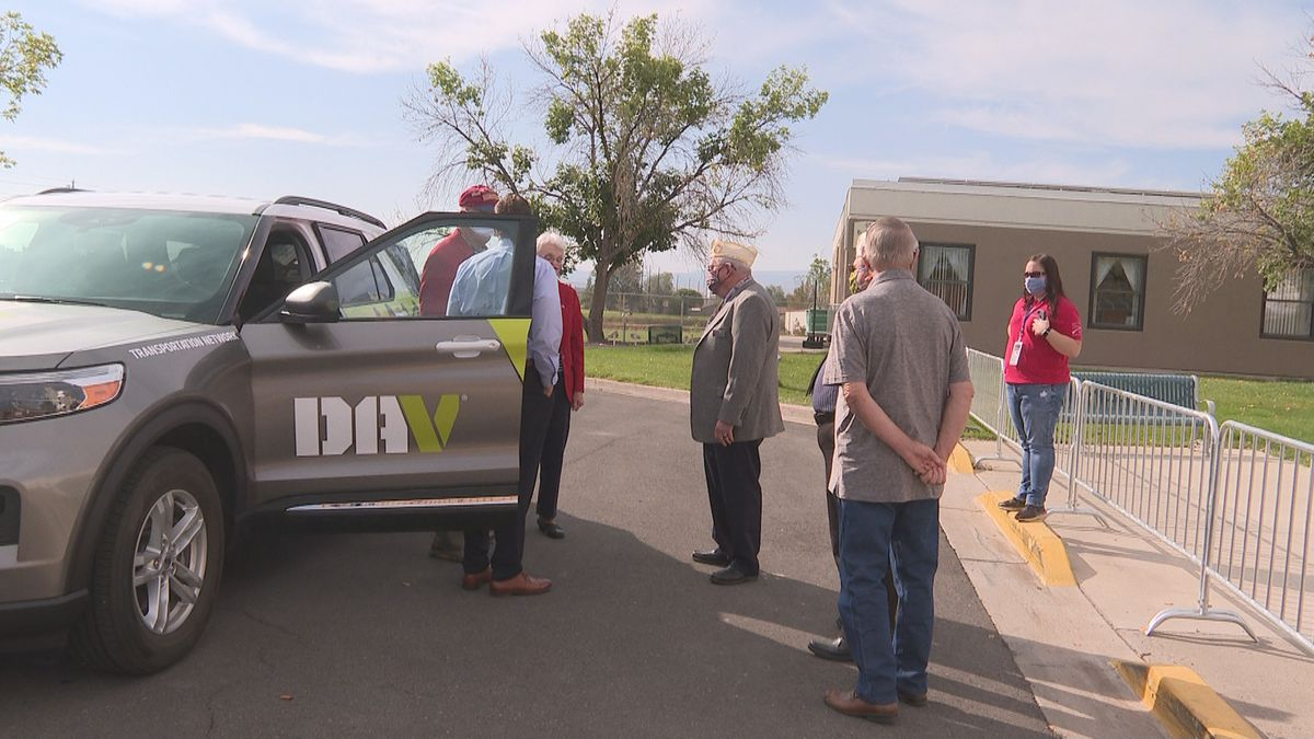The DAV donates a car
