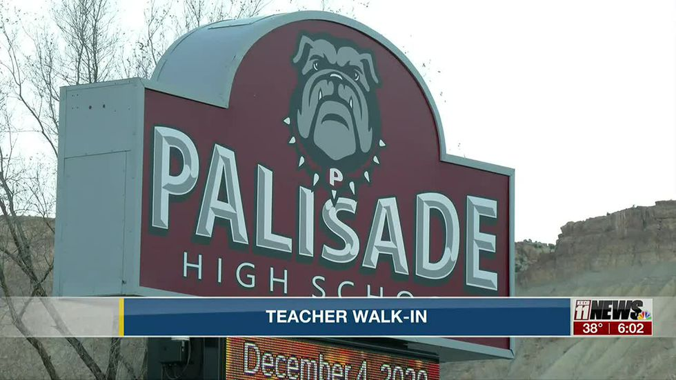 Mesa Valley teachers association holds walk-in at Palisade High School