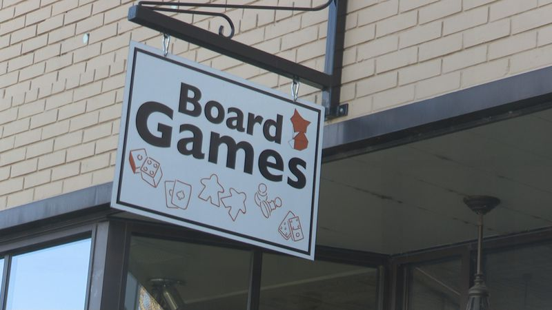 Boardfox Games and Coffee pays it forward to local downtown servers.