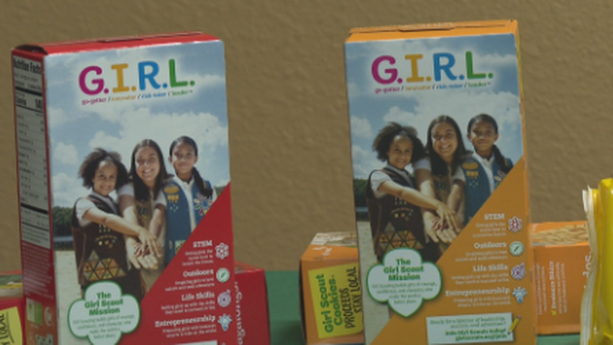 Girl scouts find new ways to sell cookies during pandemic