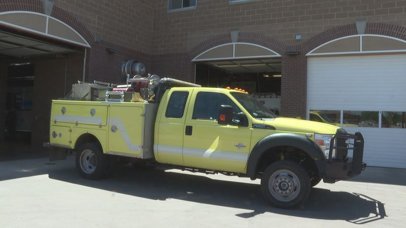 Lower Valley Fire District Receives Fire Truck from BLM