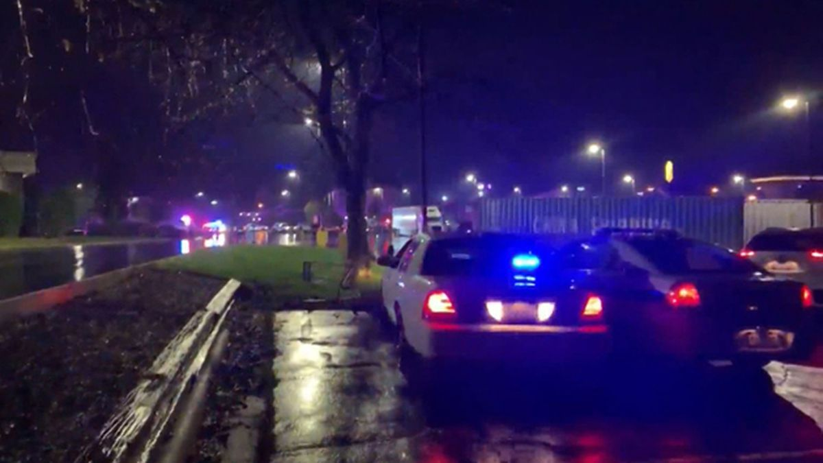 Police were in a standoff with an active shooting suspect barricaded inside a Super 8 motel in Rockford, Illinois, on Sunday morning. (Source: WTVO/CNN)