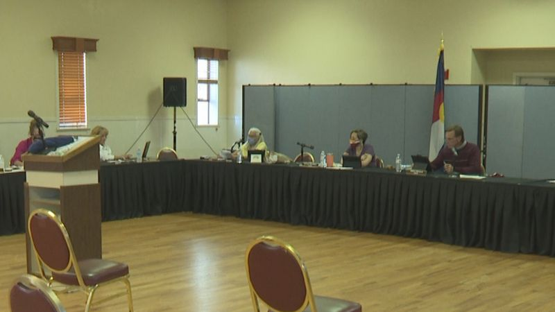 Town leaders discuss budget, new clinic proposal