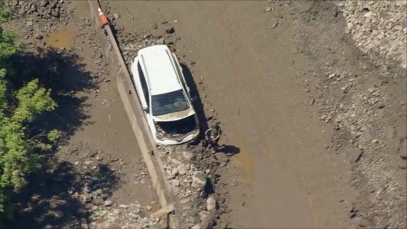 Some motorists' cars sustained damage during the mudslide.