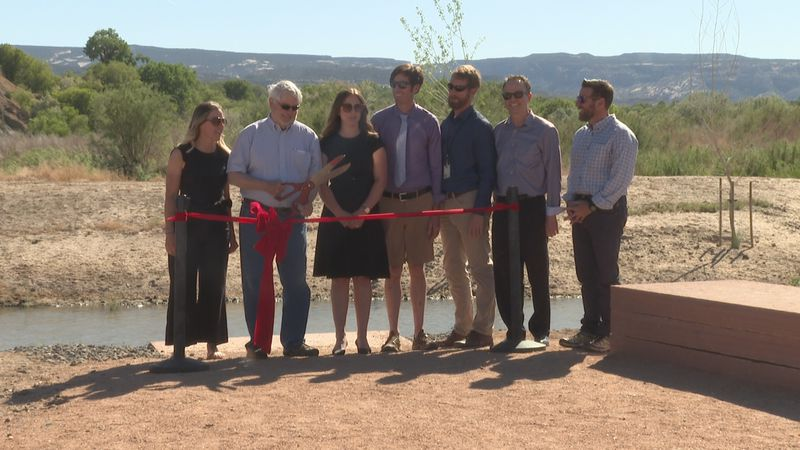 Ribbon cutting ceremony for River park at Las Colonias