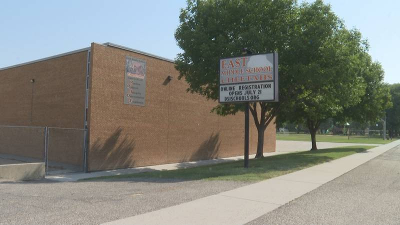 D51 teachers return to the classroom.