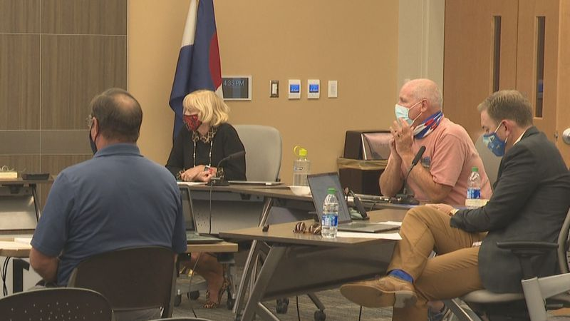 D51 Board discuss tabled issues at retreat
