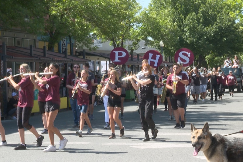 Palisade high school band students in the parade in downtown Palisade