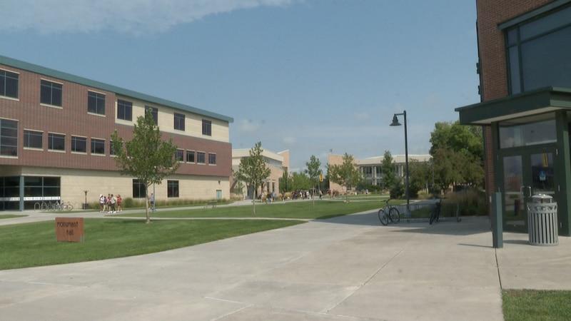 Looking down Colorado Mesa University walkway