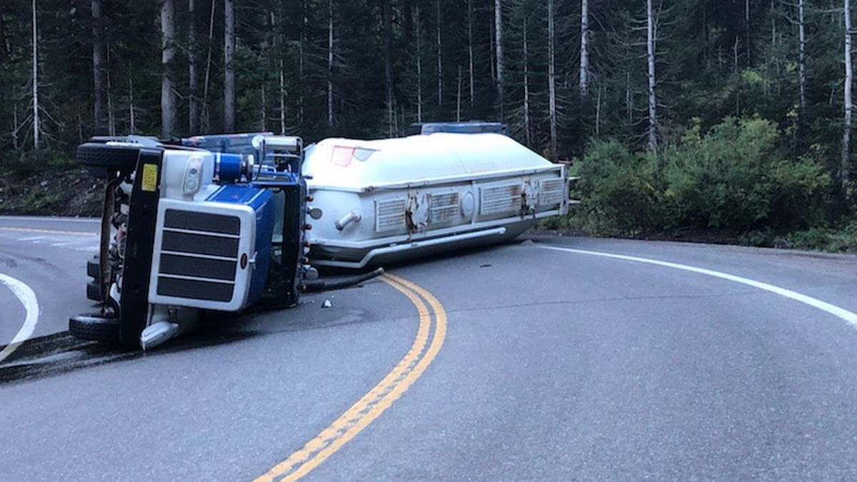 All lanes on Highway 550 are now back open.