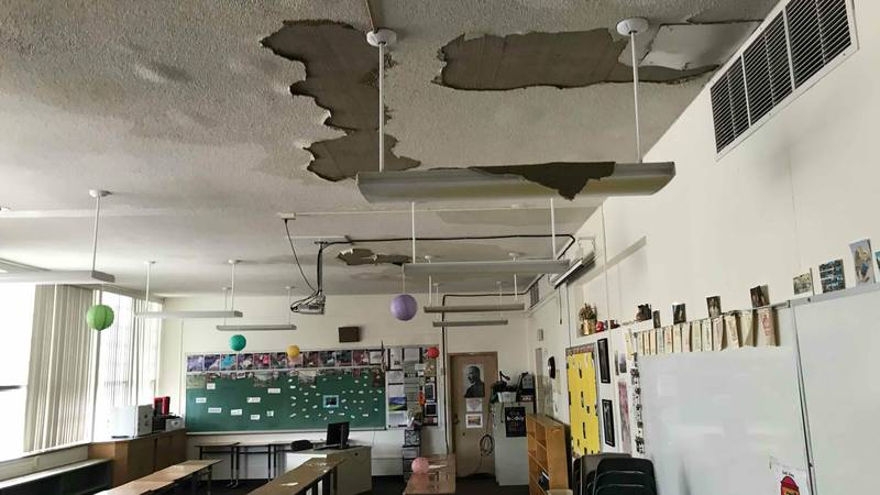 Grand Junction High School ceiling falls containing asbestos