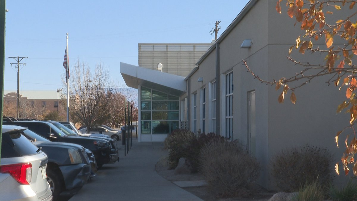 Motor vehicle offices closed election day